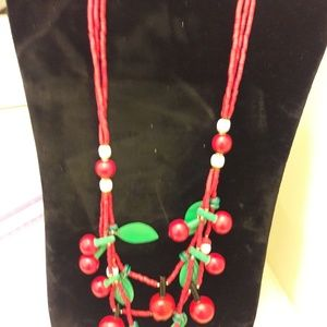 Vintage bead and plastic necklace